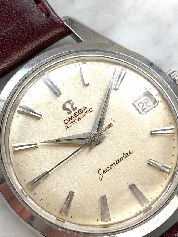 Wonderful Omega Seamaster Automatic Vintage Linen Dial
