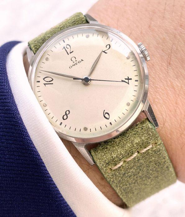 Vintage Omega Handwinding Watch with Green Vintage Ecru Strap 30t2