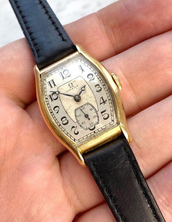 Wonderful Omega Art Deco Vintage Solid Gold 1930