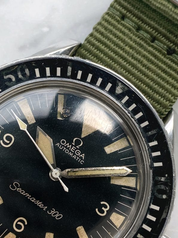 NO DATE Vintage Omega Seamaster 300 Automatic Diver Big Triangle